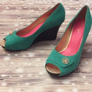 Lilly Pulitzer Suede Mint Green Wedges -Size 8.5M
